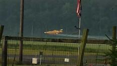 lowflying plane
